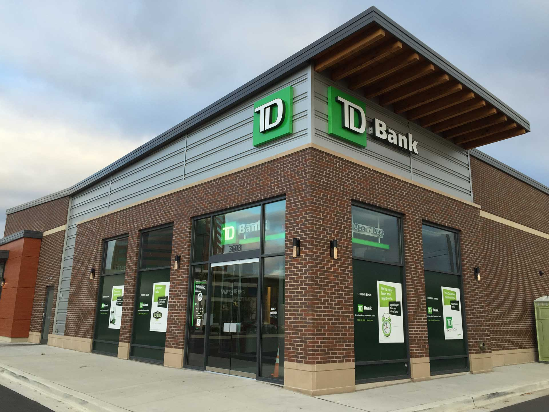 wp-content/uploads/2013/11/TDBank-White.png   Canton Crossing